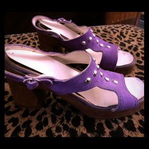 Shoes - Vintage purple platform sandals